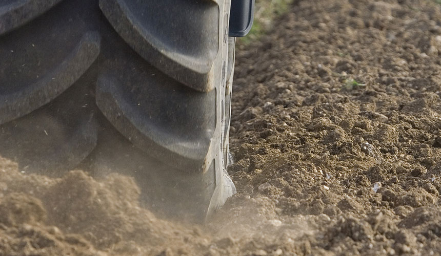 tractor tyres for traction