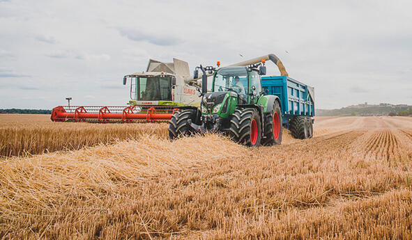 How to check the condition of the tyres before harvesting