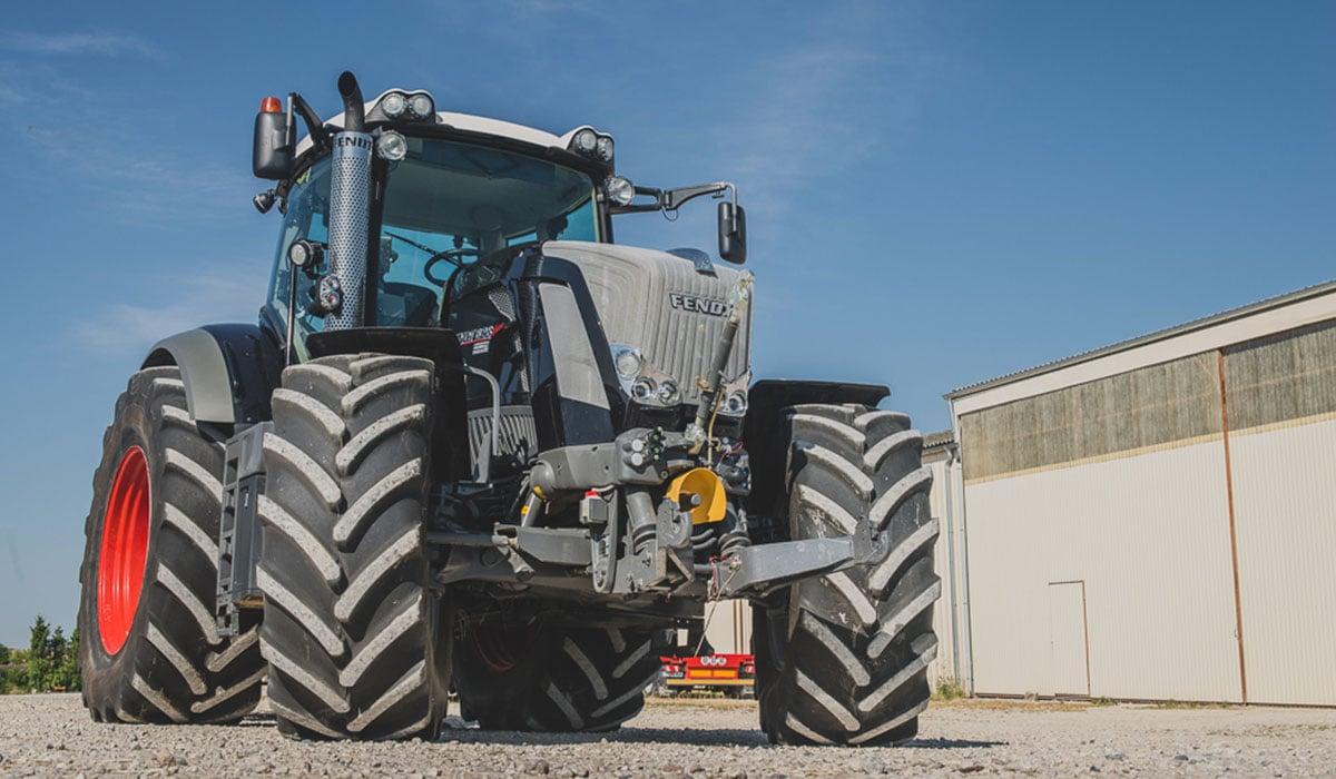 Equipment  4 new VT-TRACTOR tyres