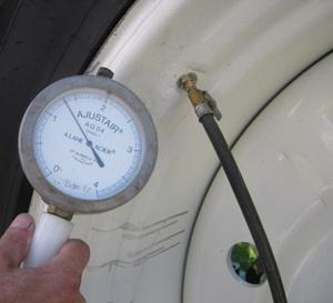 réglage de la pression du pneu de tracteur