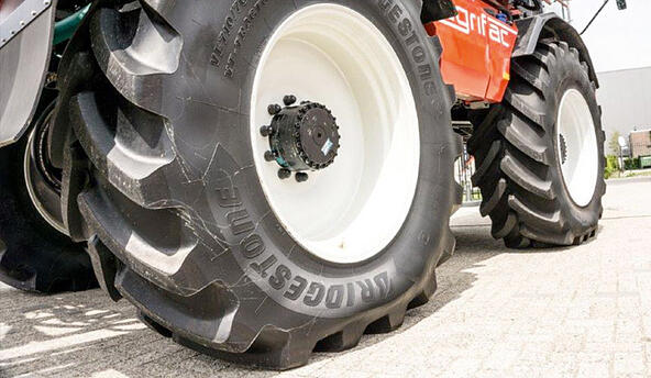 Buying guide: 10 important tips for choosing the right farming tyres