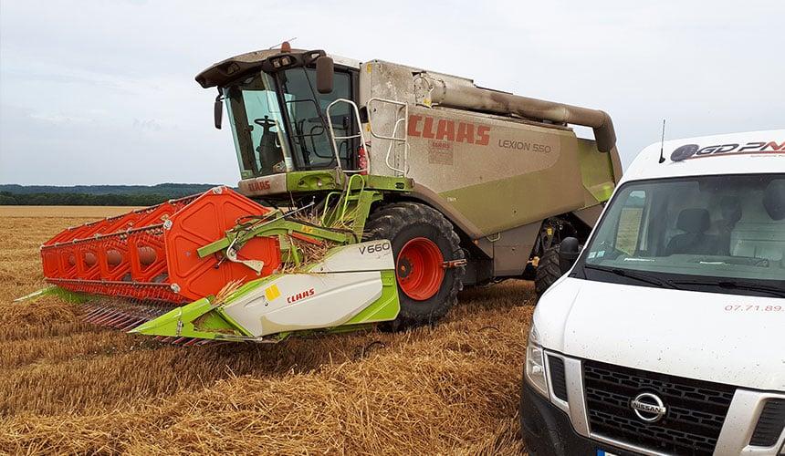 Combine harvester breakdown service