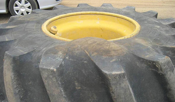 Can you repair a hernia on a tractor tyre