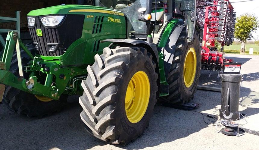 VT-Tractor pressure adjustment