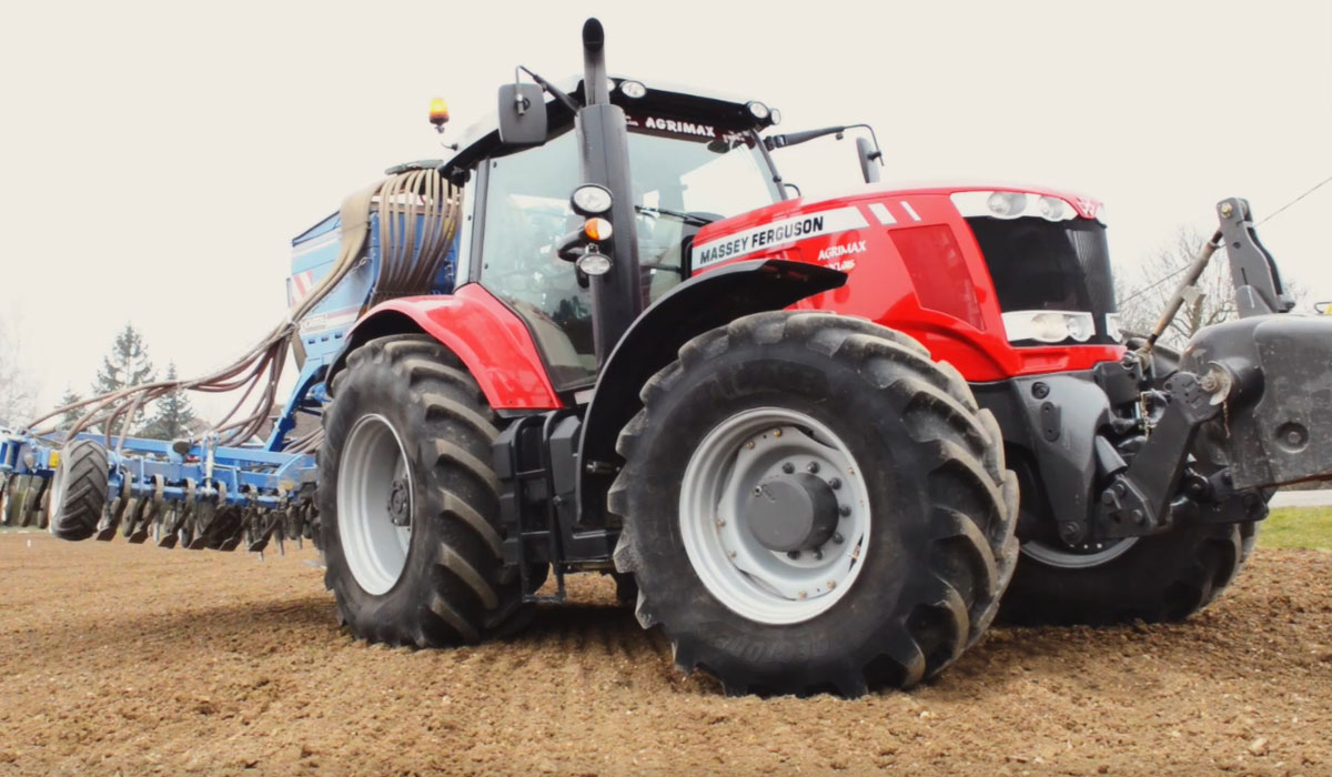 VT-TRACTOR tyres to optimise traction