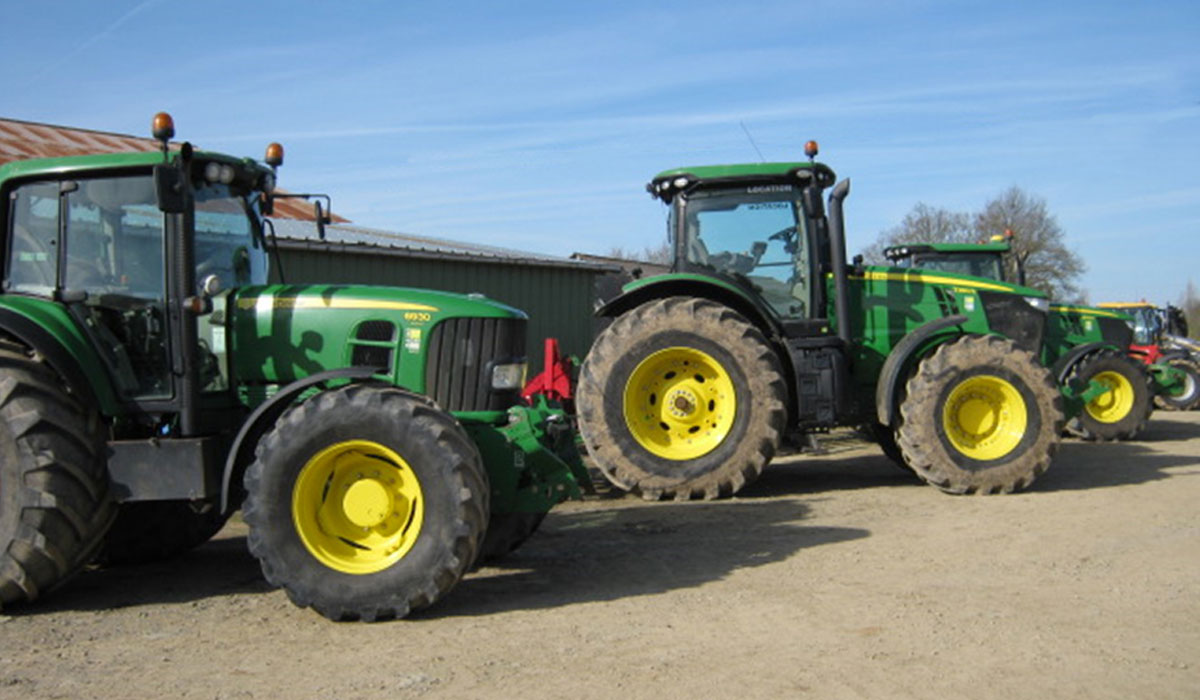 Which agricultural tyres for agricultural contractors